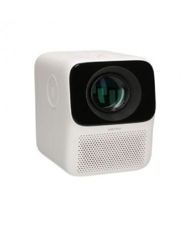 El proyector Wanbo T2 Free reproduce una imagen en resolucion Full HD de 40 a 120 con una luminosidad de 150 lumenes Puedes cam